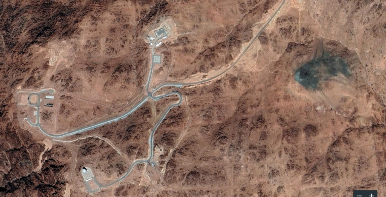 Name:  burnt rocks main with facility satellite.jpg
